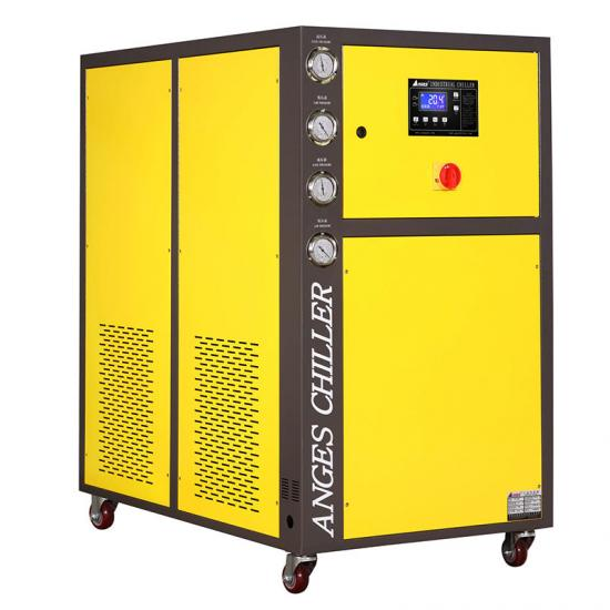 carrier water cooled scroll chiller